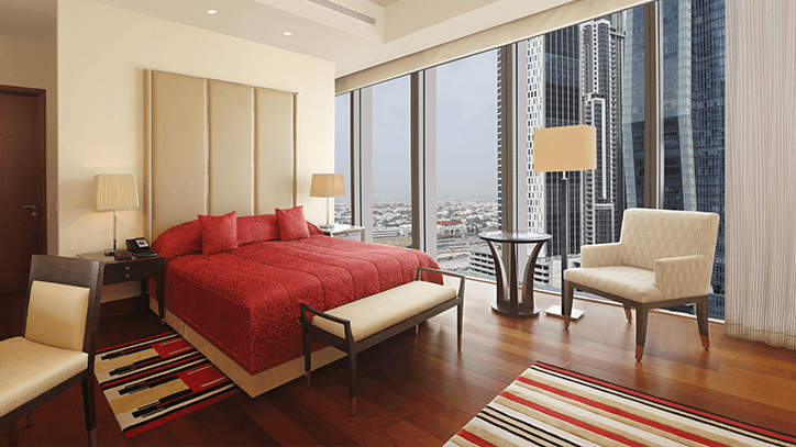 Luxury Suites with Private Balcony in The Oberoi Dubai