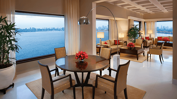 TOM KOHINOOR SUITE DINING AREA