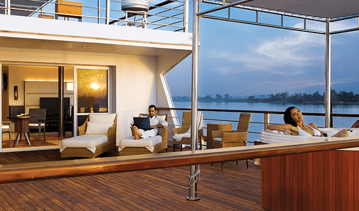 Unforgettable Experience Offer at The Oberoi Zahra Luxury Nile Cruiser