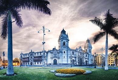 The enchancting Lima Cathedral and Plaza de Armas