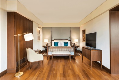 The bedroom in the new Kohinoor Suite at The Oberoi, New Delhi