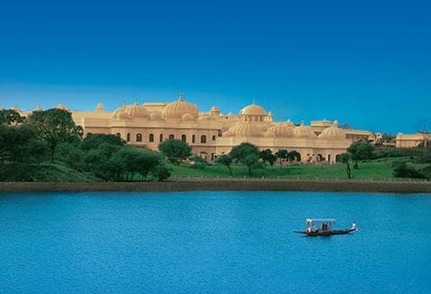udaivilas-special-offer-572x390