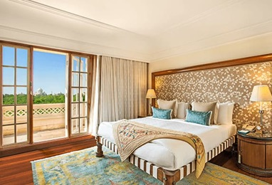Deluxe Suite with Balcony, The Oberoi Amarvilas Agra