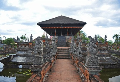 Klungkung Palace and Kertha Gosa Pavilion in Bali