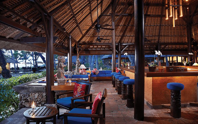 Kayu Bar at The Oberoi Beach Resort Bali