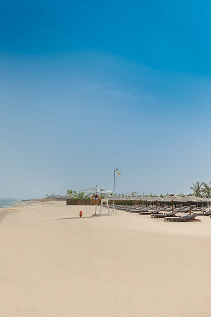 5 Star Hotels & Luxury Resorts in Ajman | The Oberoi Beach