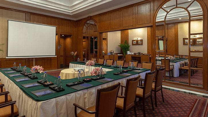 Hibiscus & Hyacinth Luxury Meeting Room in Bengaluru at The Oberoi Hotels