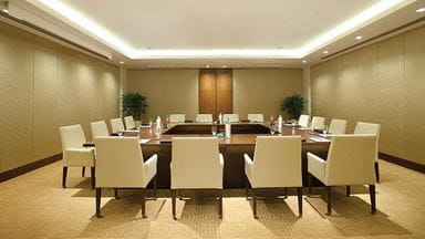Business Centre 16 Seater Luxury Meeting Room at The Oberoi Gurgaon
