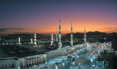 Al Masjid Al Nawabi Al Sharief | Destinations in Madina