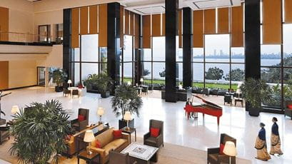 The Champagne Lounge at The Oberoi Mumbai