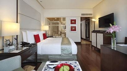 Luxury Room at The Oberoi Mumbai