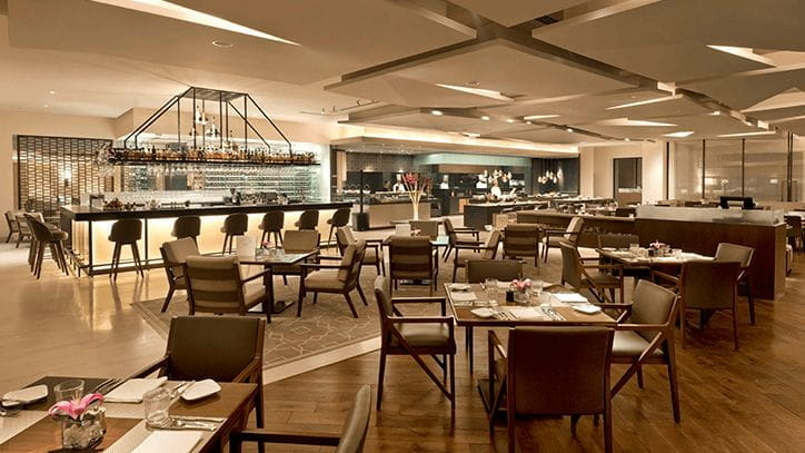 360 Degree Bar at The Oberoi New Delhi