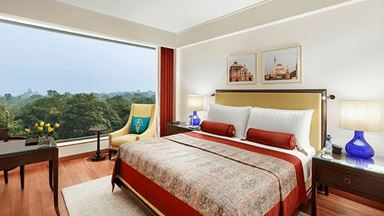 Best 5 Star Suites & Hotel Rooms in Delhi | The Oberoi, New