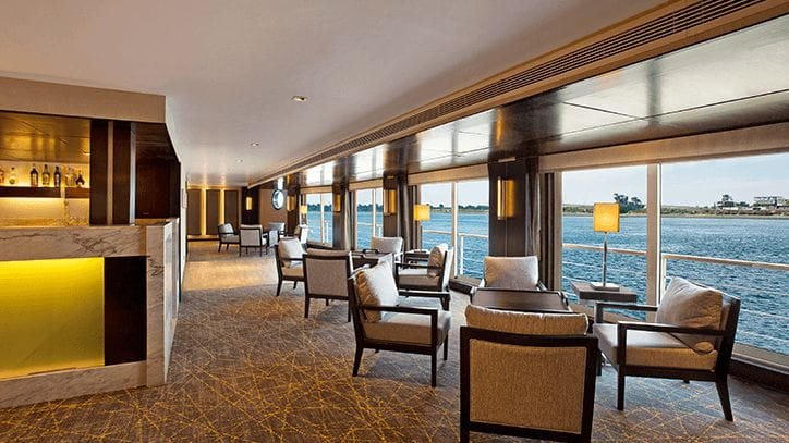 The Bar and Cigar Lounge at The Oberoi Philae Luxury Nile Cruiser