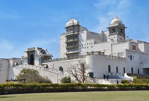 Sajjangarh Monsoon Palace 572x390