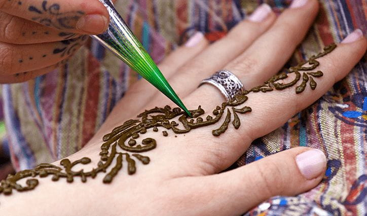 Henna Painting Experience at The Oberoi Udaivilas Udaipur