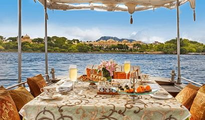 Lunch on Lake Pichola at The Oberoi Udaivilas Udaipur
