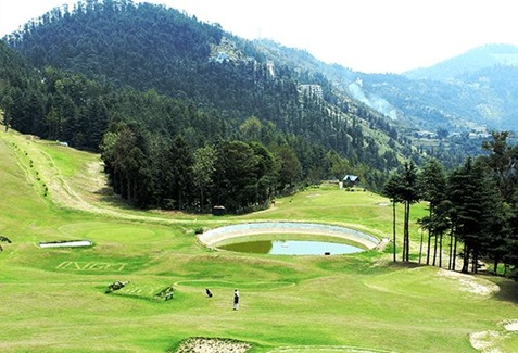 Naldhera Golf Course, Shimla