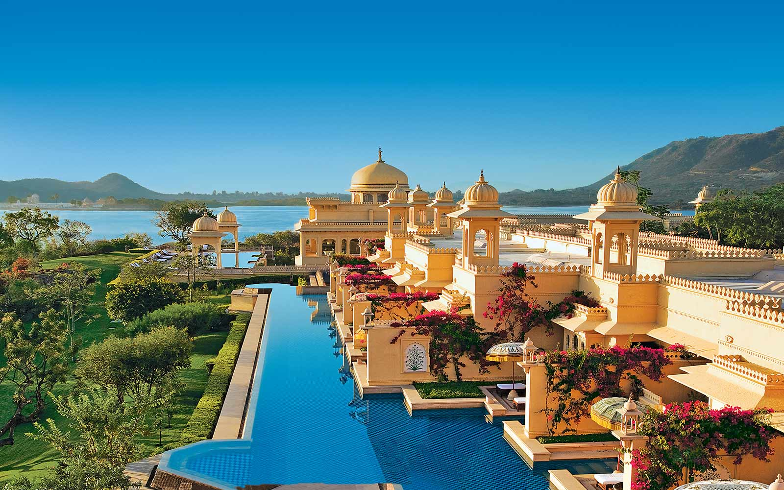Luxury Hotels In India Indonesia Mauritius Egypt The Uae Oberoi Resorts
