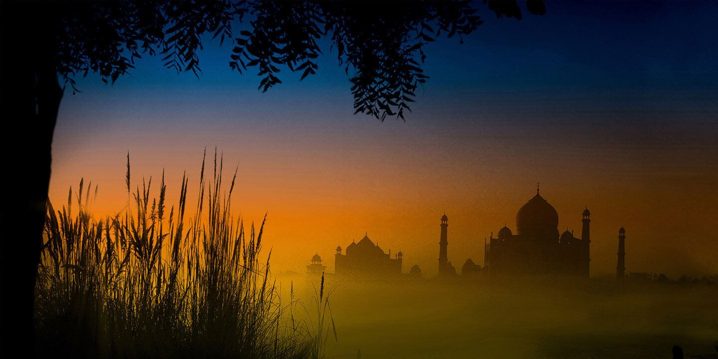 Taj Mahal at Dusk | The Oberoi, Amarvilas