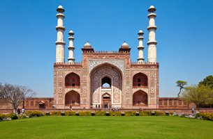 Akbar's Mausoleum at Sikandra - Weekend Getaways in Agra