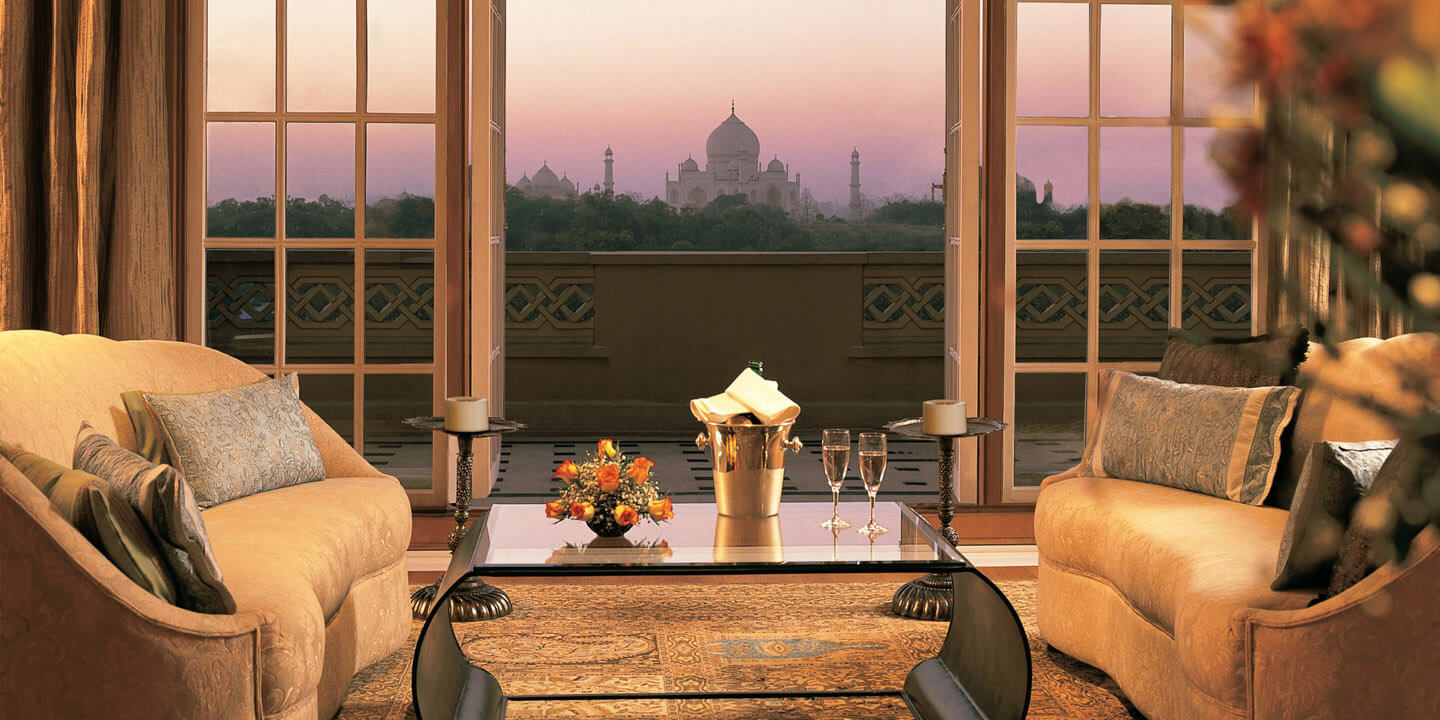 Kohinoor Suite - The private View to the tajmahal from The Oberoi Amarvilas, Agra