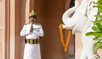 Advance Purchase Rate - Special Offers by The Oberoi, Amarvilas