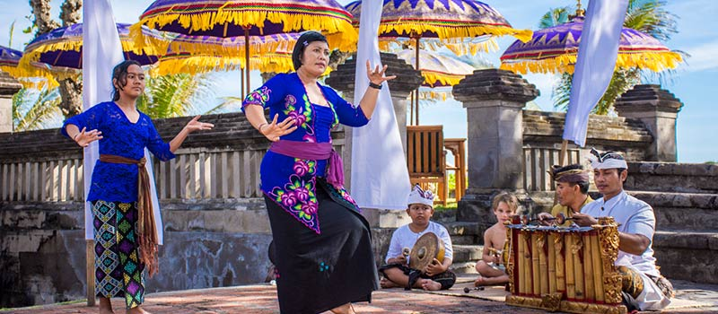 Balinese Dance & Music Lesson at The Oberoi, Bali