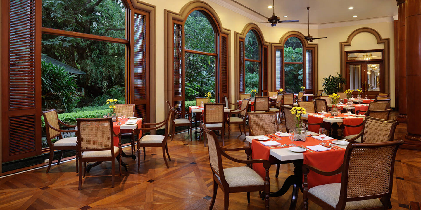 Le jardin the oberoi bengaluru multi cuisine for Le jardin