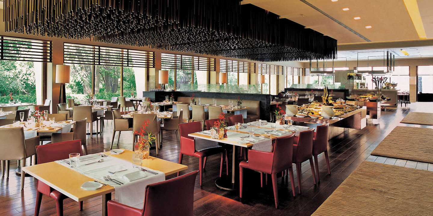 Threesixty°, The All-day Dining Restaurant at The Oberoi, New Delhi