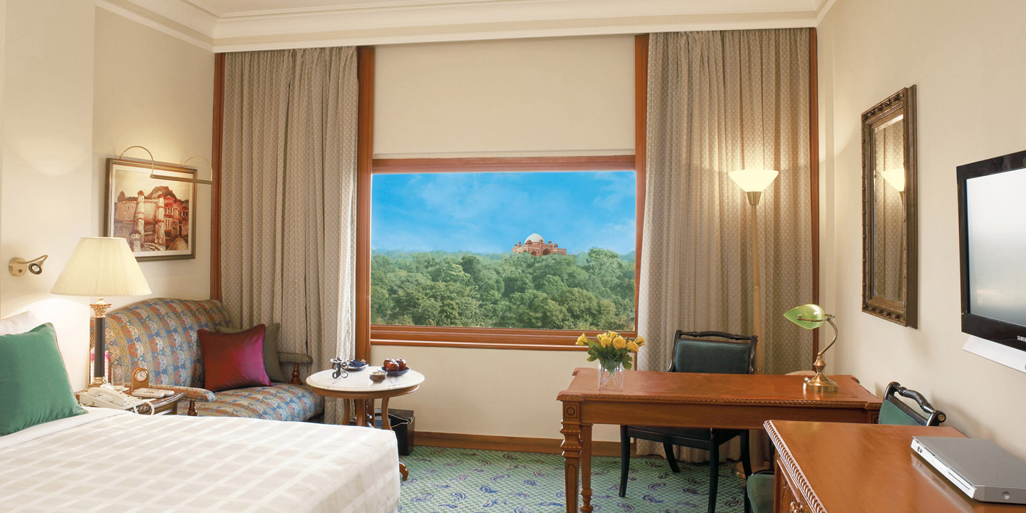 Deluxe Rooms at The Oberoi, New Delhi