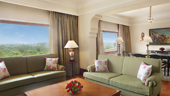 Enjoy The Old World Charm in The Luxury Suites at The Oberoi, New Delhi
