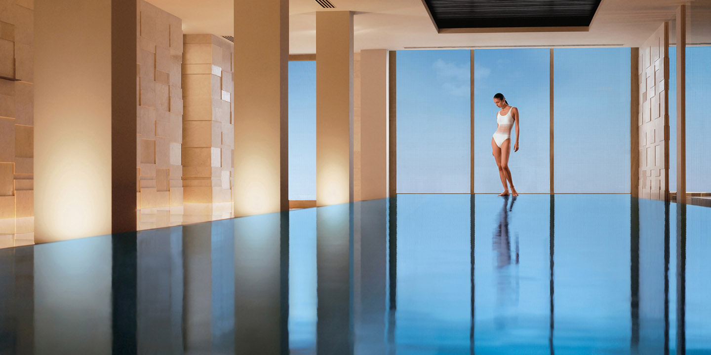 Indoor & Outdoor Pools - Luxury Spa at The Oberoi, New Delhi