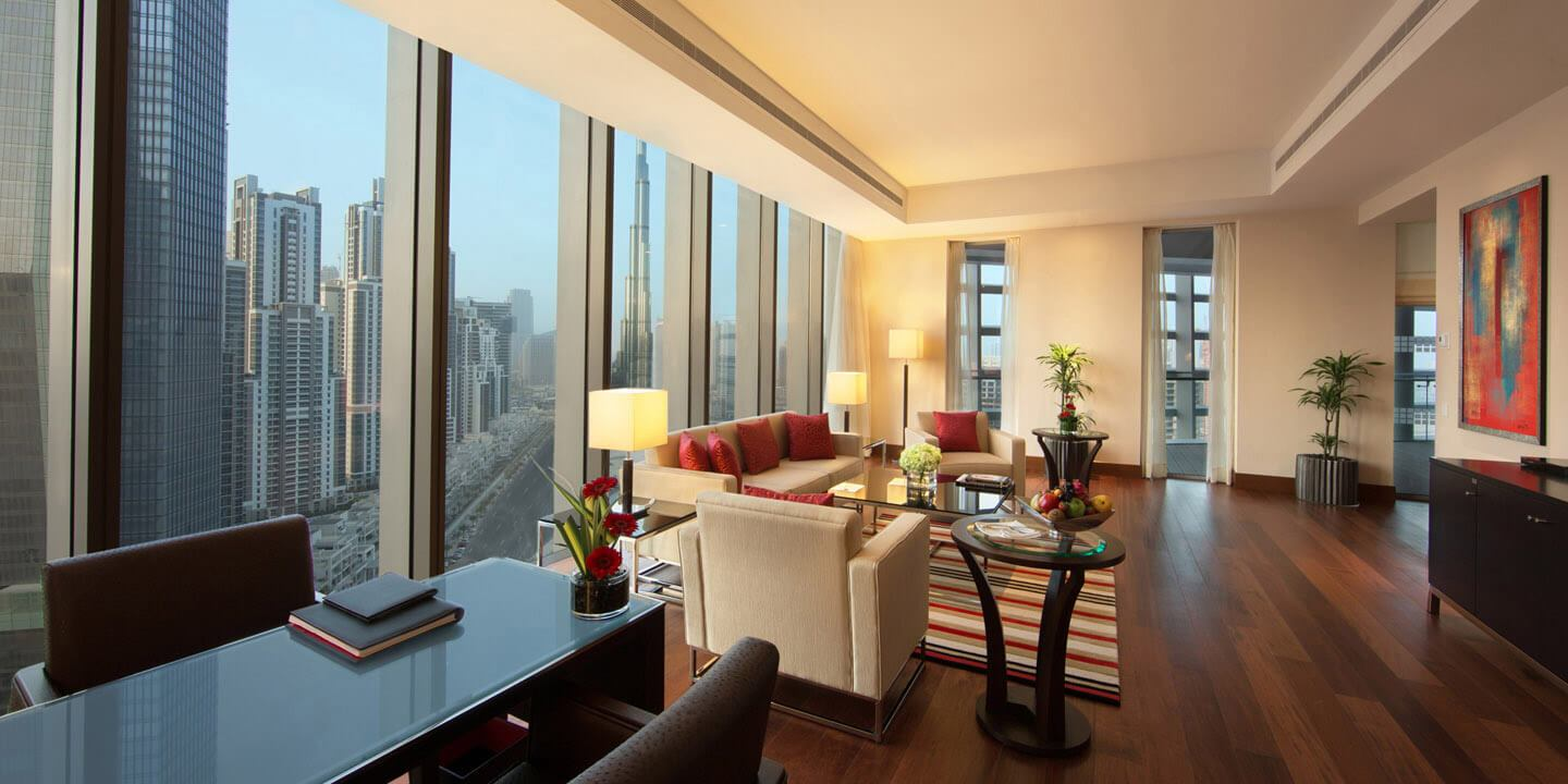 Luxury Suite With Private Balcony at The Oberoi, Dubai