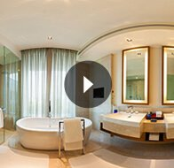 Take a 360° View of The Bedroom in Deluxe Room Bathroom at The Oberoi, Gurgaon