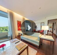 Take a 360° View of The Living Room in Deluxe Suites at The Oberoi, Gurgaon