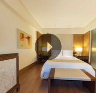 Take a 360° View of The Bedroom in Premier Rooms at The Oberoi, Gurgaon