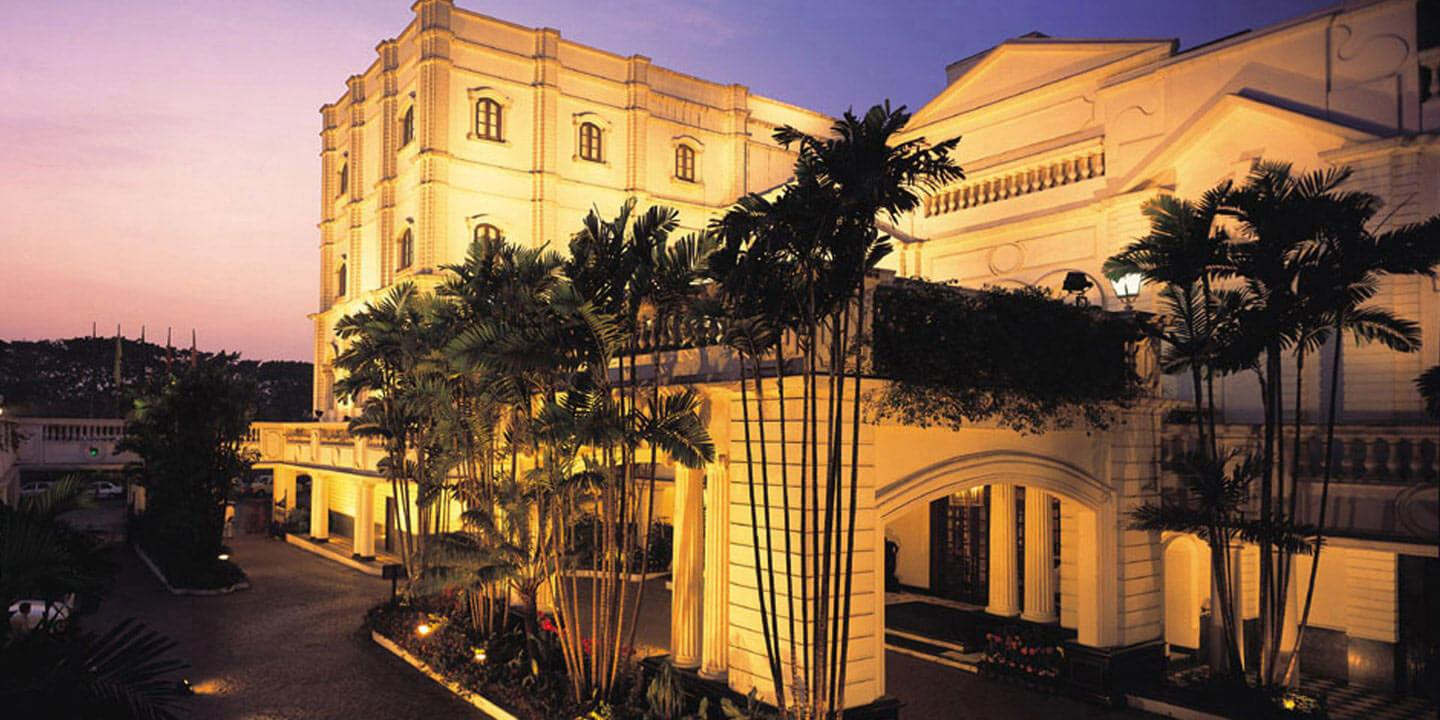 The Grand Dame of Chowringhee - The Oberoi Grand, Kolkata
