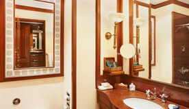 Luxury hotel room the oberoi grand kolkata five star for Bathroom designs kolkata
