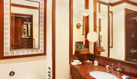 Luxury hotel room the oberoi grand kolkata five star hotels in kolkata - Bathroom designs kolkata ...