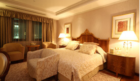 The Royal Suites Are Spacious - Twin Bedroom With Ensuite Shower, Living & Dining Room - The Oberoi, Madina