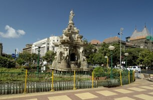 Flora fountain - Weekend Getaways in Mumbai