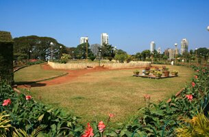 Pherozshah Mehta Gardens - Weekend Getaways in Mumbai