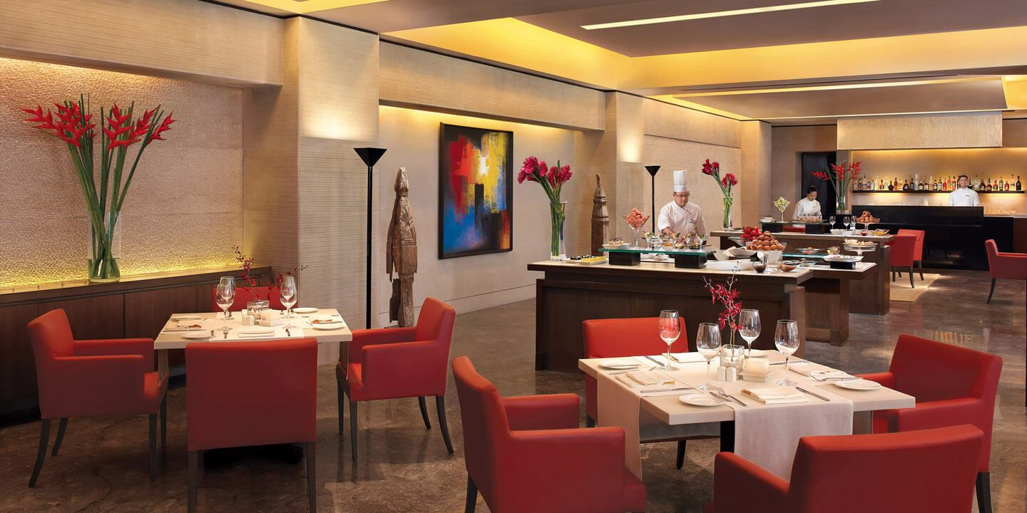 Fenix - The All Day Dining Restaurant at The Oberoi, Mumbai