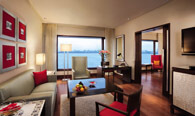 The Deluxe Suites with Ocean View at The Oberoi, Mumbai