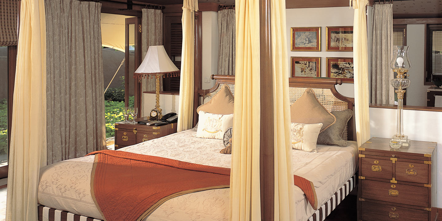... Bedroom of The Luxury Tents - The Oberoi Vanyavilas Ranthambhore & Luxury Rooms and Suites at Oberoi Vanyavilas Ranthambhore | Book ...