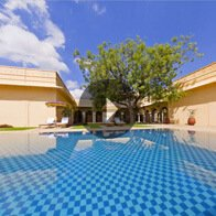 Take a 360° View of The Pool at The Oberoi Vanyavilas, Ranthambhore