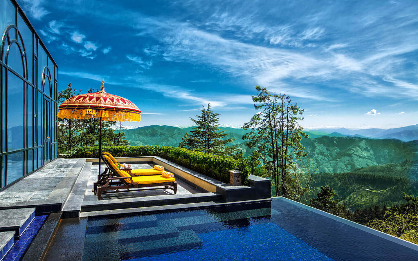 wildflower hall shimla pool
