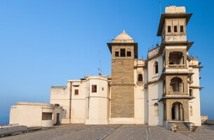 Sajjan Garh, The Monsoon Palace - Weekend Getaways in Udaipur - The Oberoi Udaivilas