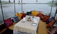 Lunch on Lake Pichola - Enyoy a Leisure Lunch While Cruising by The City - The Oberoi Udaivilas, Udaipur